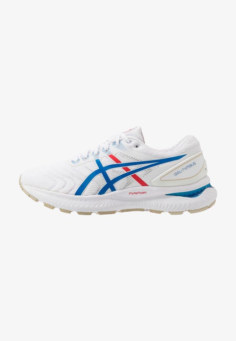 ASICS - GEL-NIMBUS 22 RETRO TOKYO - Zapatillas de running neutras - white/electric blue