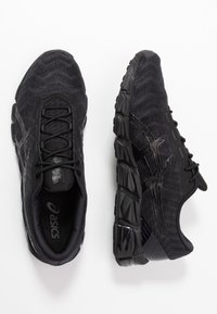 ASICS - GEL-QUANTUM 180 5 - Chaussures de running neutres - black - 1