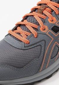 ASICS - TRAIL SCOUT - Trail running shoes - metropolis/shocking orange - 5