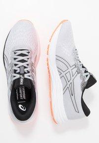 ASICS - GEL-EXCITE 7 - Obuwie do biegania treningowe - piedmont grey/black - 1