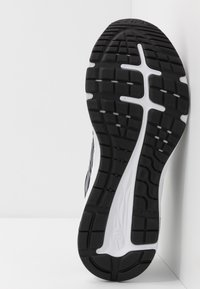 ASICS - GEL-EXCITE 7 - Neutral running shoes - black/white - 4