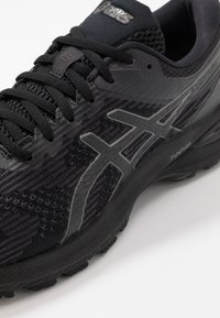 ASICS - GT-2000 8 - Stabilty running shoes - black - 5