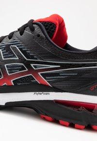 ASICS - GT-2000 8 - Zapatillas de running estables - black/sheet rock - 5