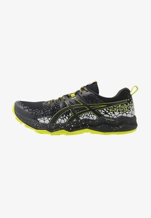 FUJITRABUCO LYTE - Běžecké boty do terénu - black/graphite grey