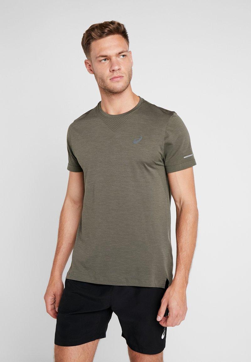 ASICS - SEAMLESS - T-shirts med print - mantle green