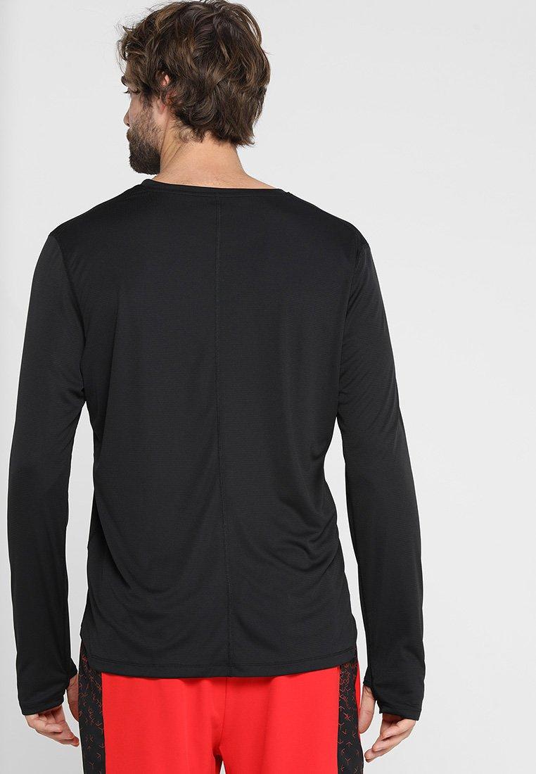 LonguesPerformance Black Asics À shirt Manches T YD9WIE2H