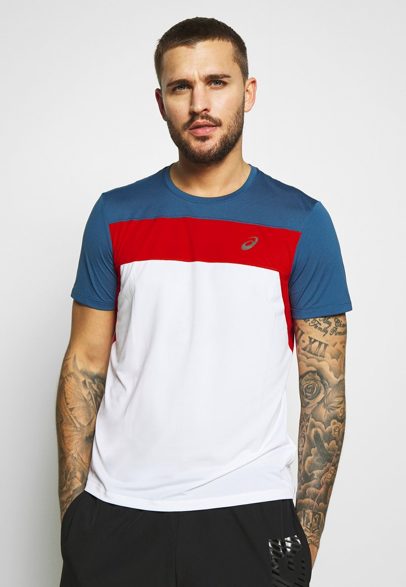 ASICS - RACE - Print T-shirt - brilliant white/grand shark