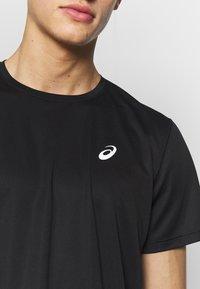 ASICS - KATAKANA  - Print T-shirt - performance black - 5