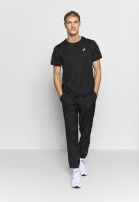 ASICS - KATAKANA  - Print T-shirt - performance black - 1