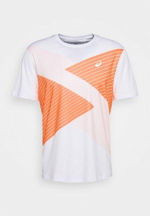 TOKYO - Print T-shirt - brilliant white/orange pop