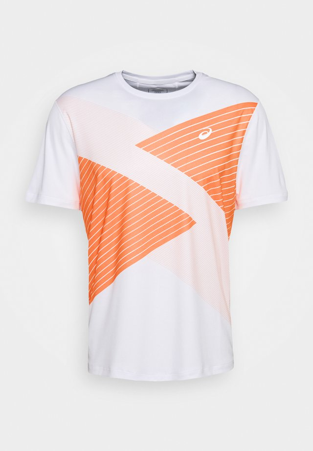 TOKYO - Camiseta estampada - brilliant white/orange pop