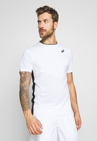 ASICS - CLUB TEE - Triko s potiskem - brilliant white - 0