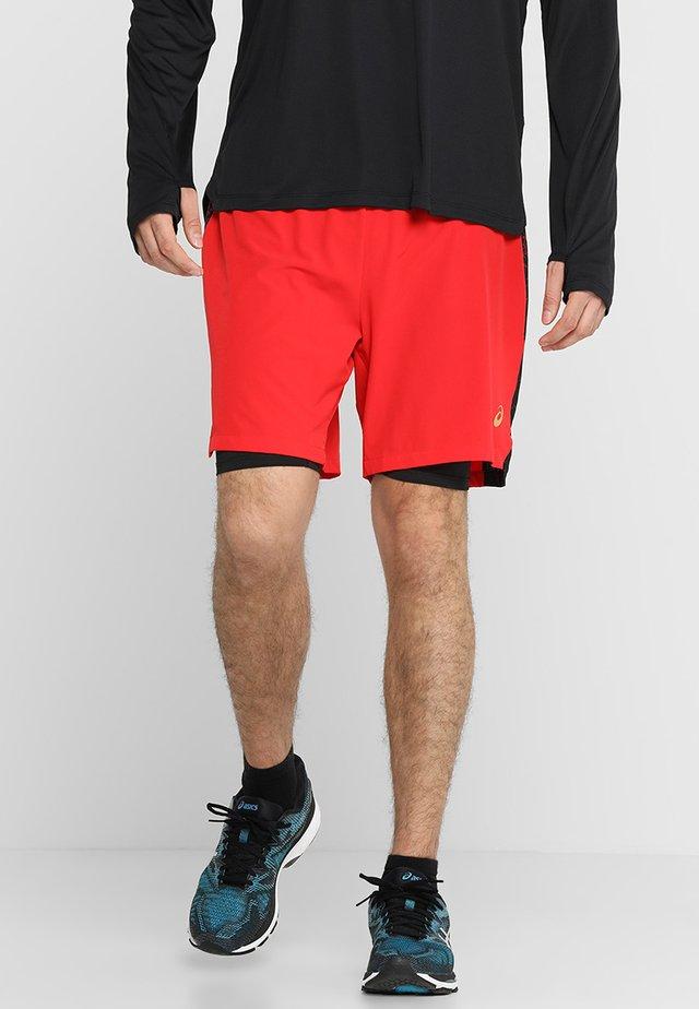 kurze Sporthose - classic red