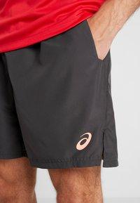 ASICS - CLUB SHORTS - Sportovní kraťasy - graphite grey - 4