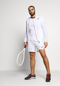 ASICS - CLUB JACKET - Sportovní bunda - brilliant white - 1