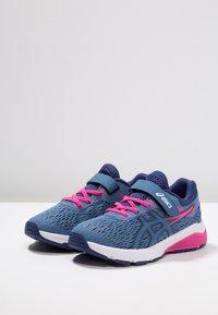 ASICS - GT-1000 7 - Neutral running shoes - azure/fuchsia/purple - 3