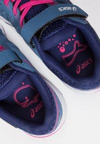 ASICS - GT-1000 7 - Neutral running shoes - azure/fuchsia/purple - 6