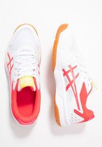 ASICS - UPCOURT 3 - Multicourt tennis shoes - white/laser pink - 1