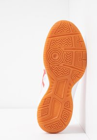 ASICS - UPCOURT 3 - Multicourt tennis shoes - white/laser pink - 4