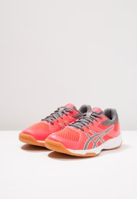 ASICS - UPCOURT 3 - Multicourt tennis shoes - diva pink/carbon - 3