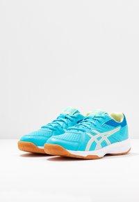 ASICS - UPCOURT 3 - Multicourt tennis shoes - aquarium/pure silver - 3