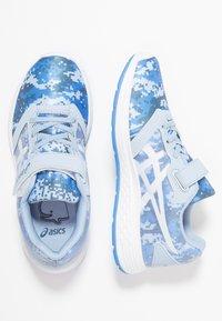 ASICS - PATRIOT 10 - Neutral running shoes - mist/white - 0