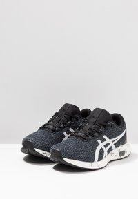 ASICS - HYPERGEL - Neutrální běžecké boty - black/white - 3