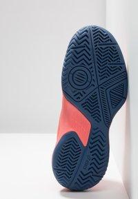 ASICS - GEL-GAME - Tenisové boty na antuku - papaya/silver - 5