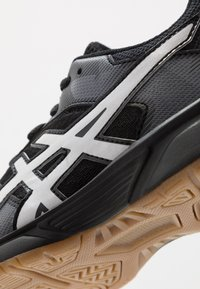ASICS - GEL-TACTIC 2 - Volleyball shoes - black/white - 2