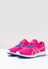 ASICS - PATRIOT 11 - Neutral running shoes - pink glow/sun coral - 3