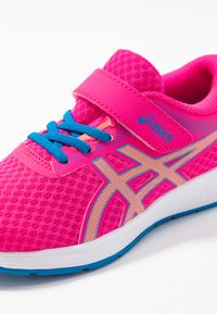 ASICS - PATRIOT 11 - Neutral running shoes - pink glow/sun coral - 2