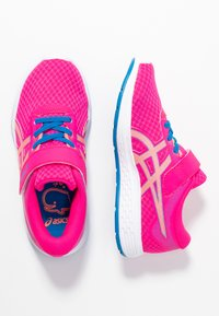 ASICS - PATRIOT 11 - Neutral running shoes - pink glow/sun coral - 0