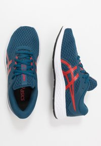 ASICS - PATRIOT 11 - Neutral running shoes - mako blue/classic red - 0