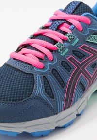ASICS - GEL-VENTURE 7 - Neutral running shoes - peacoat/hot pink - 2