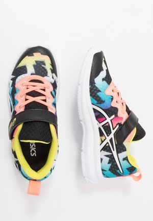 SOULYTE - Chaussures de running neutres - black/sun coral