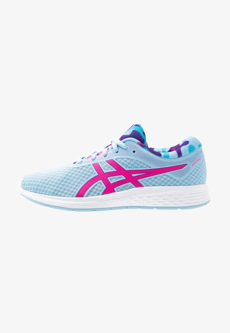 ASICS - PATRIOT 11 - Hardloopschoenen neutraal - heritage blue/pink glow