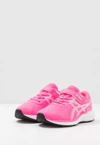 ASICS - PRE EXCITE 7 - Neutral running shoes - hot pink/white - 3