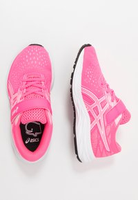 ASICS - PRE EXCITE 7 - Neutral running shoes - hot pink/white - 0