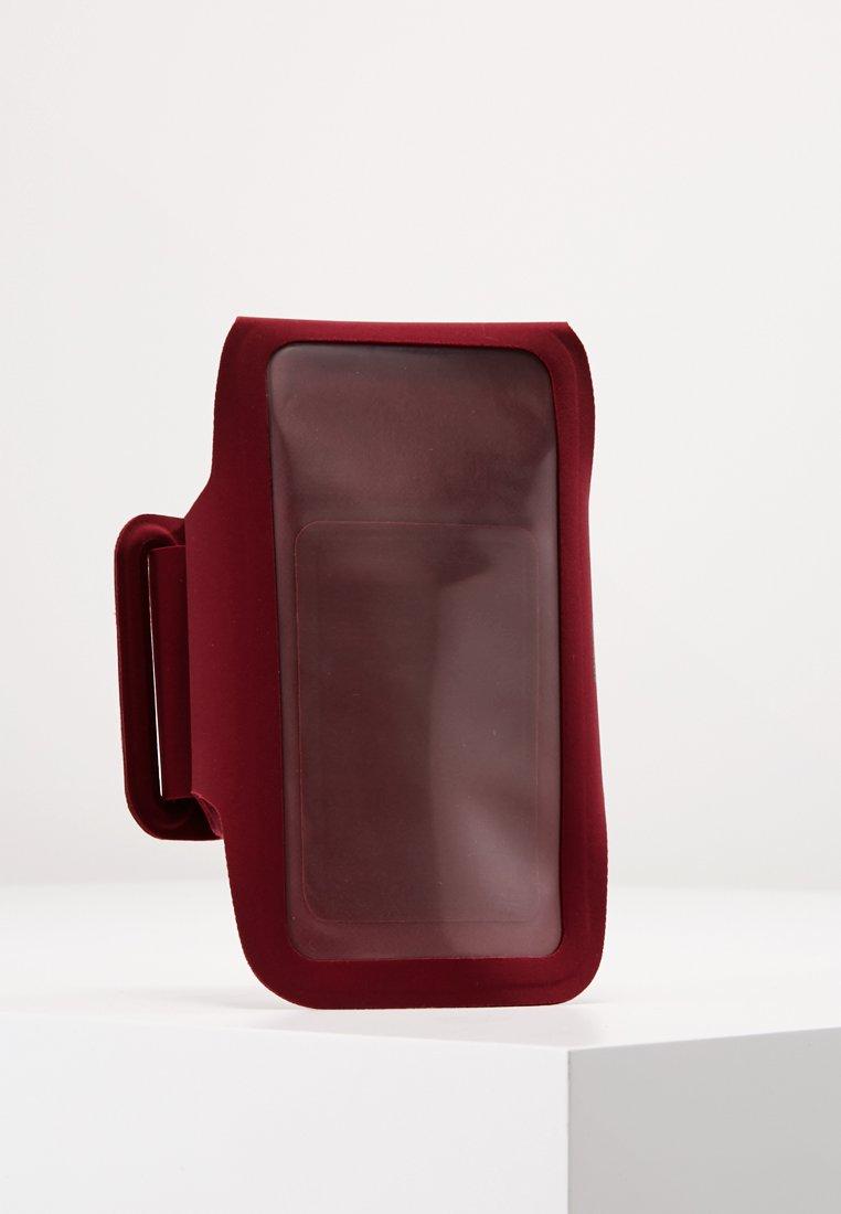 ASICS - ARM POUCH PHONE - Varios accesorios - cordovan