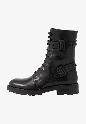 WITCH BIS - Stivali con i lacci - black