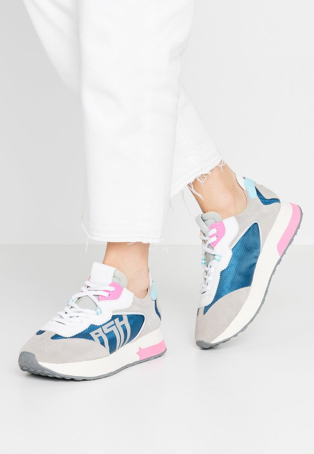 TIGER - Sneakersy niskie - blue/light grey