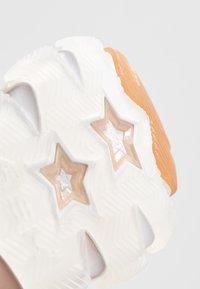 Ash - Baskets basses - white/dune - 2