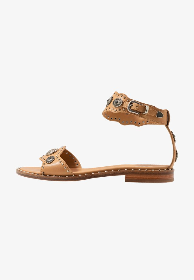 POKER - Sandals - soft brasil nude