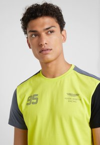 Hackett Aston Martin Racing - TEE - T-shirt med print - lime - 4