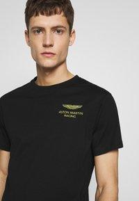 Hackett Aston Martin Racing - LOGO TEE - T-shirt basic - black - 3