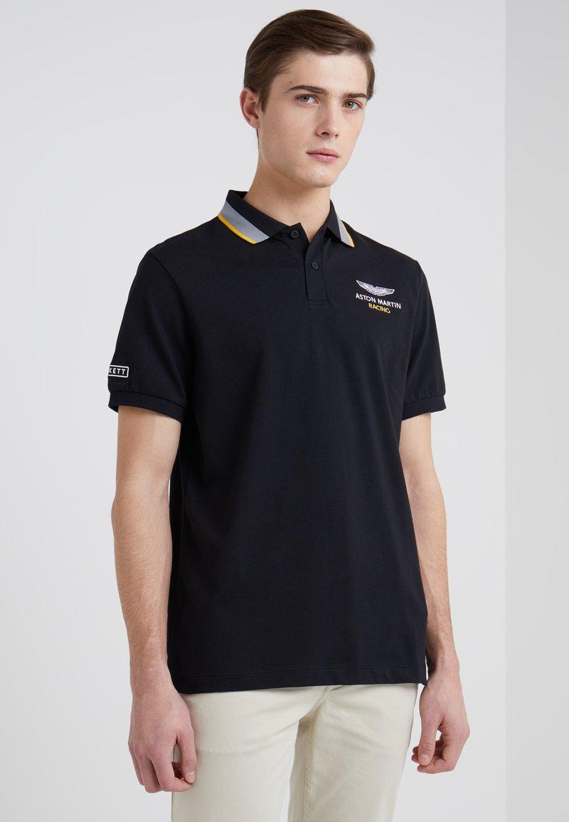 Hackett Aston Martin Racing - Poloshirt - black