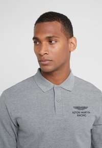 Hackett Aston Martin Racing - Polo shirt - grey marl - 4