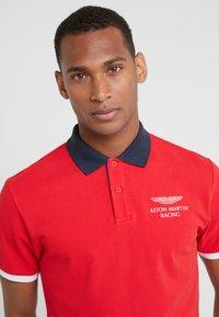 Hackett Aston Martin Racing - Piké - red - 4