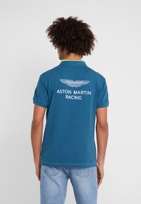 Hackett Aston Martin Racing - Polotričko - white/multi - 2