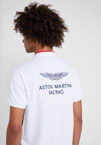 Hackett Aston Martin Racing - Koszulka polo - navy/multi - 3